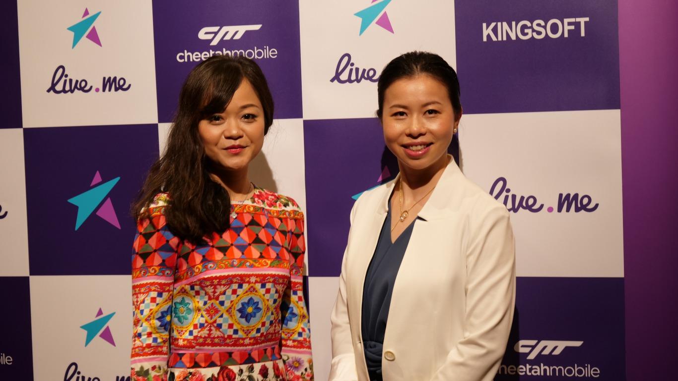 キングソフト 代表取締役社長 兼 CEO 馮 達(写真右)と、Live.me, Inc. CEO 何 雁丹(写真左)